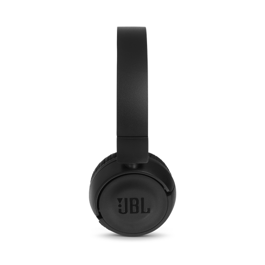 JBL T460BT - Black - Wireless on-ear headphones - Detailshot 3